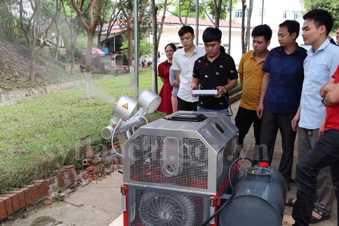 CDC Lào Cai tiếp nhận máy phun hóa chất cỡ lớn